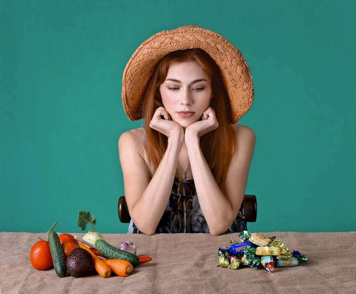 fehler.intervallfasten zuvie maedchenl - Intervallfasten Fehler Nr. 3: Zu viel essen